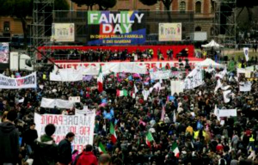 Демонстрация в поддержку традиционной семьи прошла в Риме