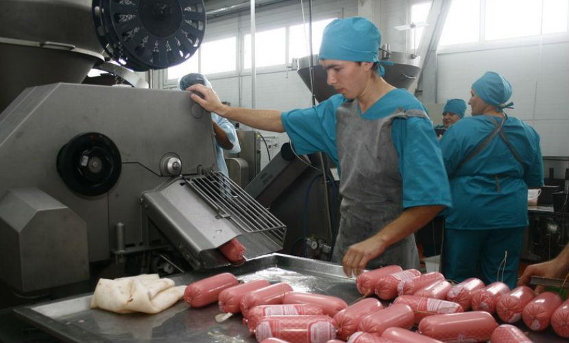 Выпуск продуктов питания обошел промышленное производство, - Росстат