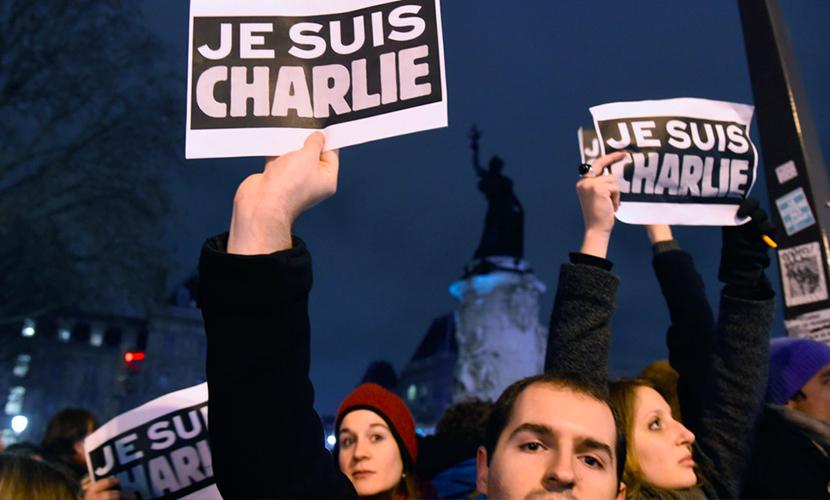 Французов оскорбила карикатура Charlie Hebdo на