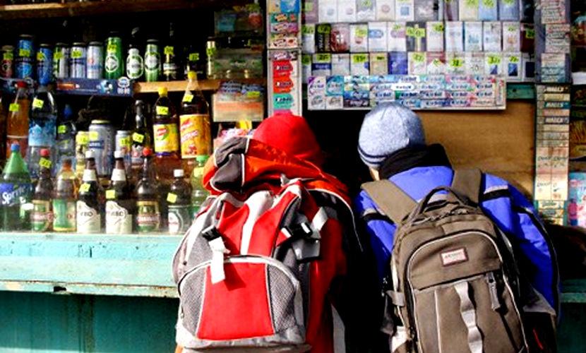 Минпромторг РФ предложил наказывать подростков за покупку алкоголя