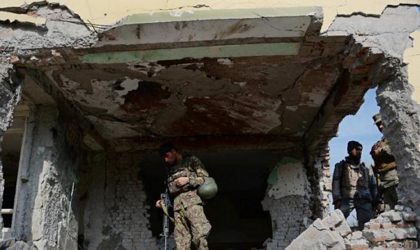 Смертник подорвал дом высокопоставленного чиновника в Афганистане