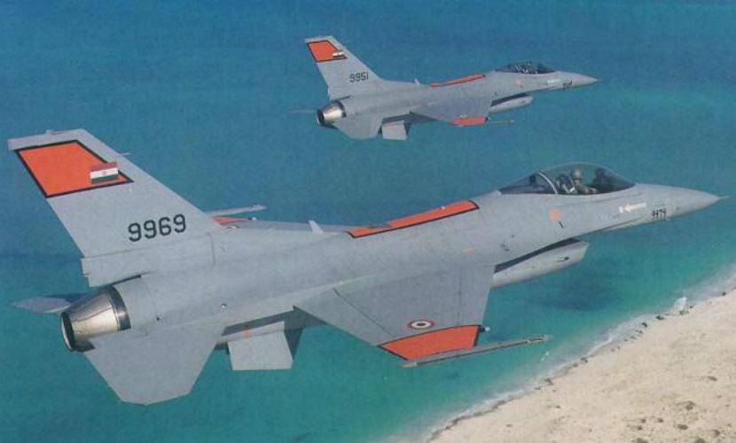 Экипаж истребителя F-16 египетских ВВС погиб при крушении