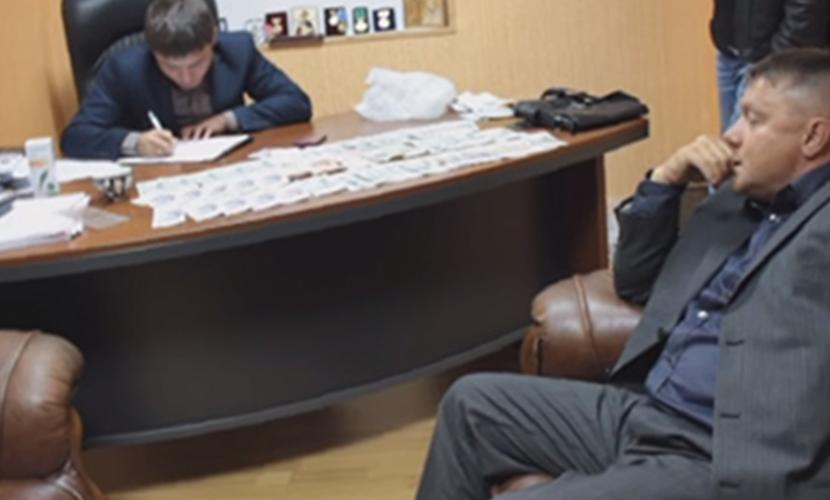 Депутата от ЕР прокуратура Крыма считает создателем организованной преступной группы