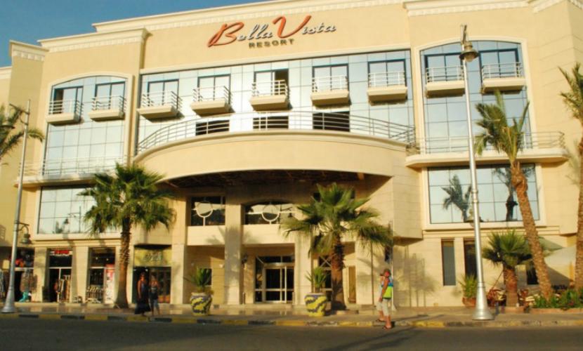 При нападении террористов на отель в египетской Хургаде убиты трое туристов