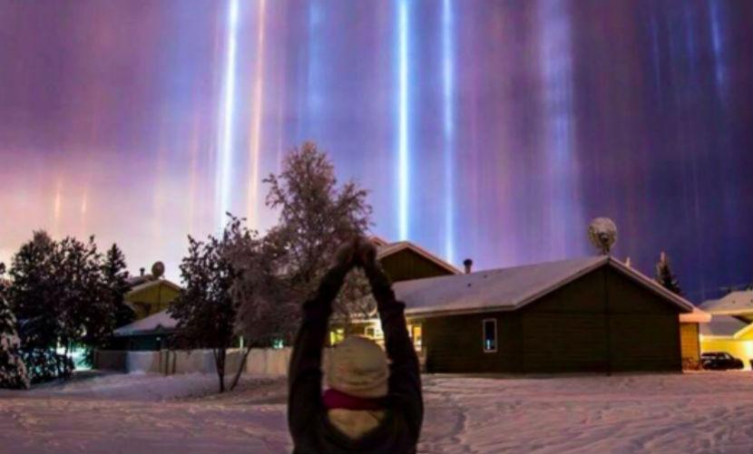 Загадочные лучи инопланетян на Аляске испугали фанатов