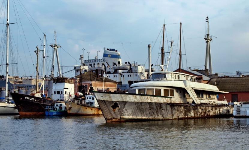 Катер генсека ЦК КПСС Леонида Брежнева затонул в гавани Одессы, - СМИ