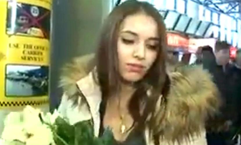 Красавица отвергла романтическое предложение бывшего возлюбленного, сделанное в аэропорту Кишинева