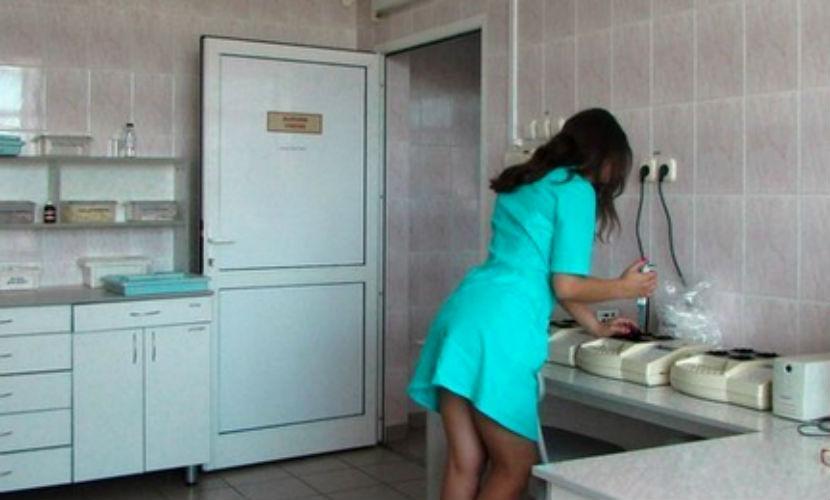Две медсестры устроили резню из-за любимого хирурга в больнице Омска