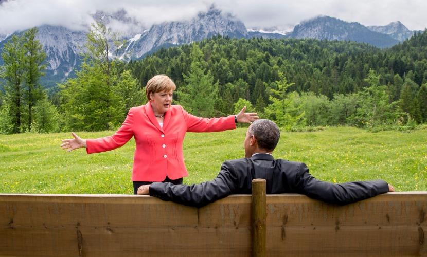 Клинтон знала, что отношение Меркель к Обаме было скептическим, - СМИ