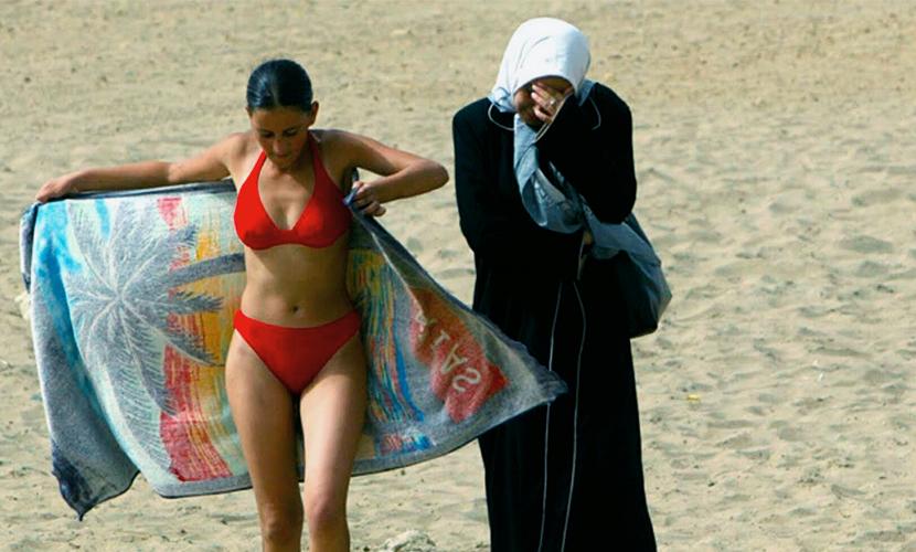Беженцев научат, как заниматься сексом с европейцами
