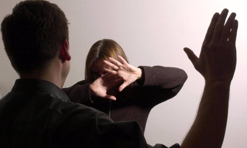 Безработный житель Смоленской области избил жену после ее отказа дать деньги на выпивку
