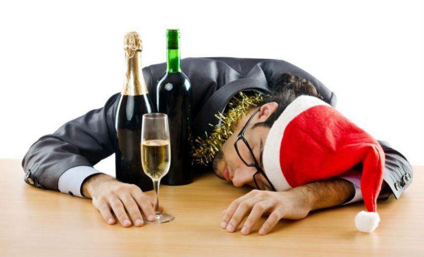 Топ-5 оригинальных способов избежать похмелья на старый Новый год