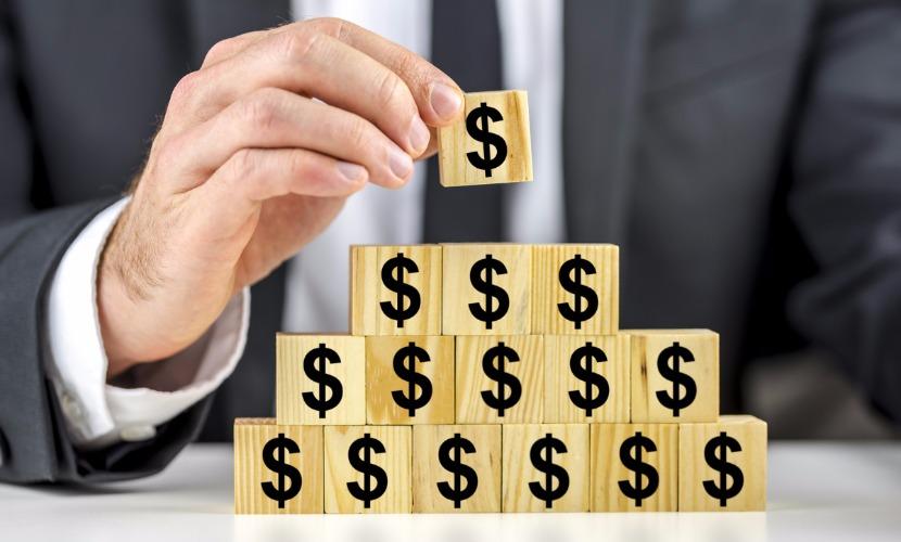 Депутаты Госдумы одобрили штрафы организаторам финансовых пирамид до 1 млн рублей