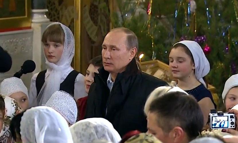 Владимир Путин встретил Рождество Христово в церкви Тверской области