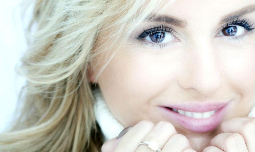 Анна Семенович тайно вышла замуж за возлюбленного из Швейцарии