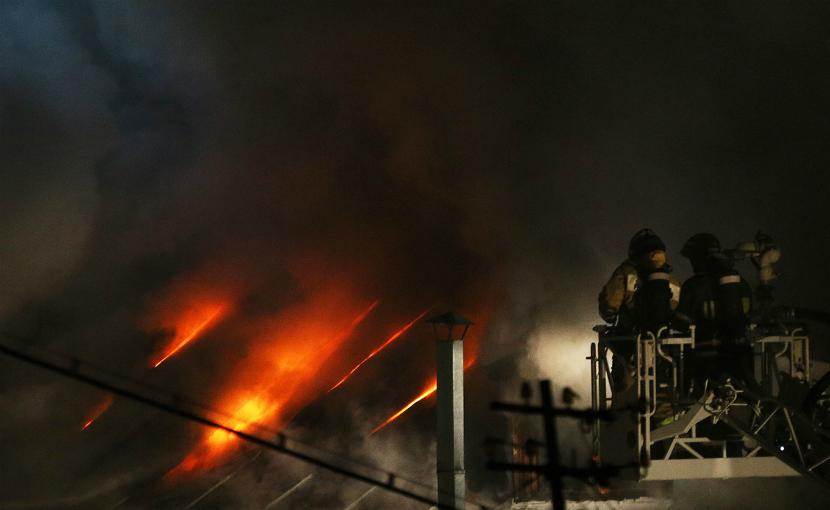 Количество жертв пожара в швейном цеху в Москве выросло до 11 человек