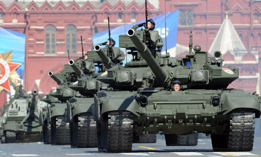 Россиянам пообещали, что Парад Победы-2016 будет с изюминкой - интересной техникой