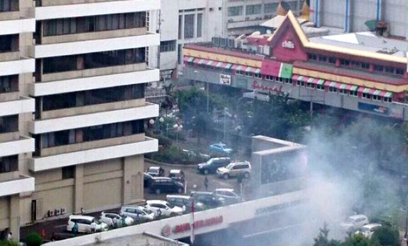 Боевики ИГ не причастны к терактам с семью жертвами в Джакарте, - разведка