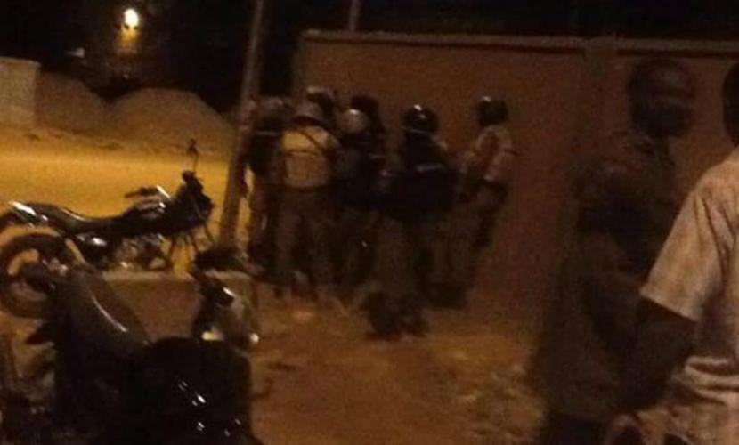 В ходе штурма отеля в Буркина-Фасо освобождены 33 заложника