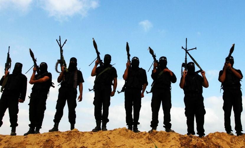 ИГ выпустило страшный ролик с исполнителями парижских терактов
