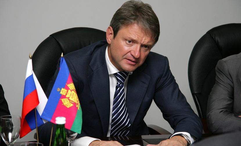 Атаку Хинштейна на однопартийца Ткачева политолог назвал бизнесом