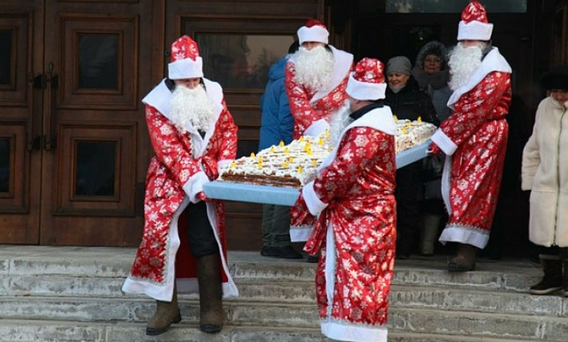 Главный подарок Амана Тулеева был съеден