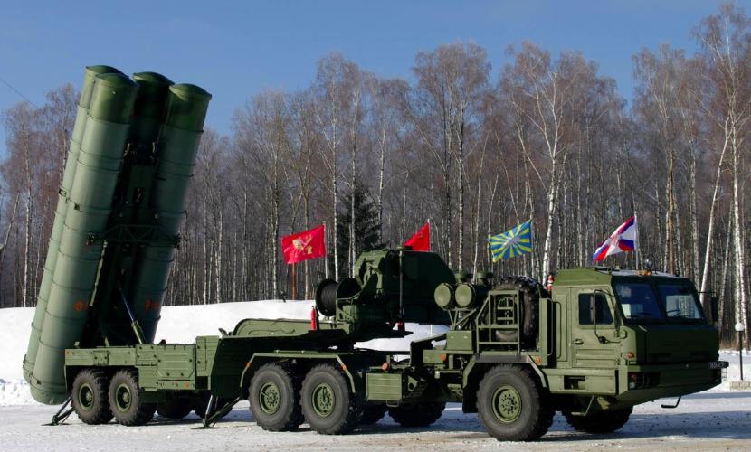 ВКС России усилили защиту Москвы еще одним новейшим комплексом С-400