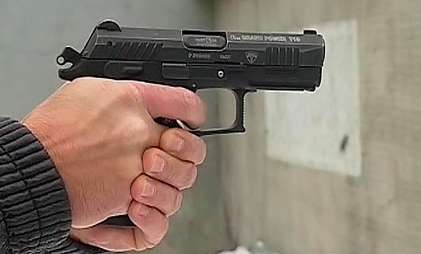 Полицейский чудом выжил после трех пулевых ранений в Москве