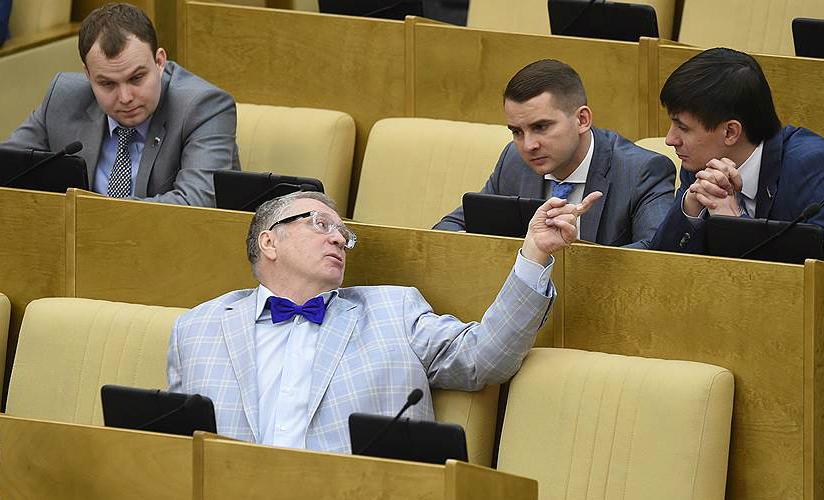 Законы о запрете ведения бизнеса родственниками чиновников внесены в Госдуму