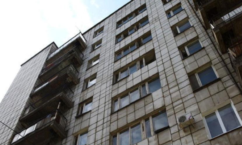 Житель Челябинска под спайсом убил жену гантелей и выпрыгнул с 6 этажа