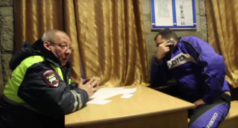 Блокбастер отГИБДД: ВЛенинградской области задержали нетрезвого  водителя наБТР