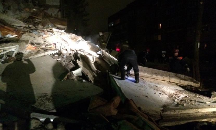 Три человека спасены из-под завалов жилого дома в Ярославле