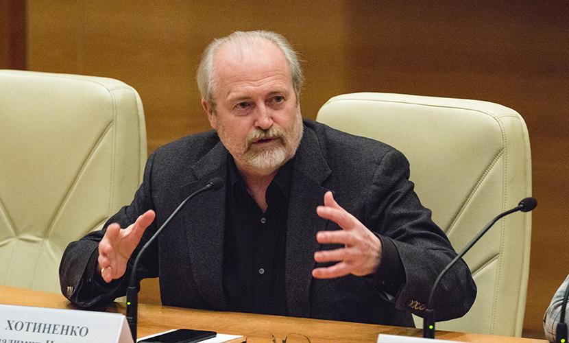 Режиссер Владимир Хотиненко рассказал в Госдуме, как создать современного киногероя