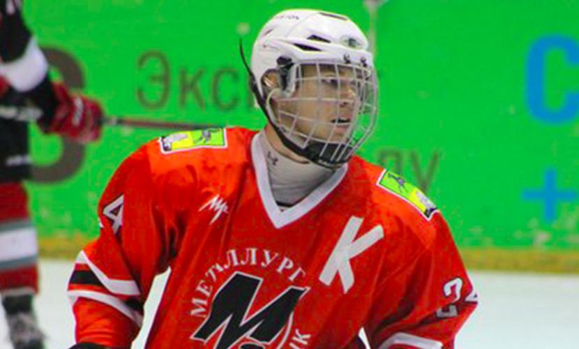 Российский хоккеист трагически умер от удара шайбы в шею
