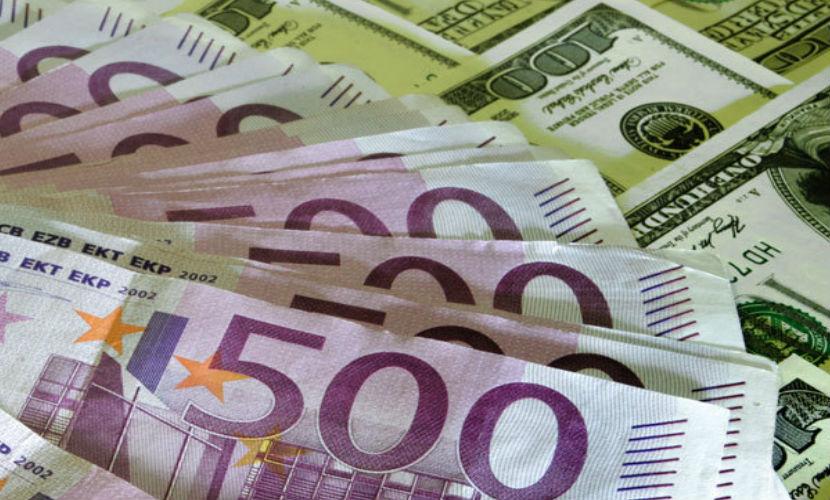 Евро поднялся выше 92 рублей впервые с 1 февраля