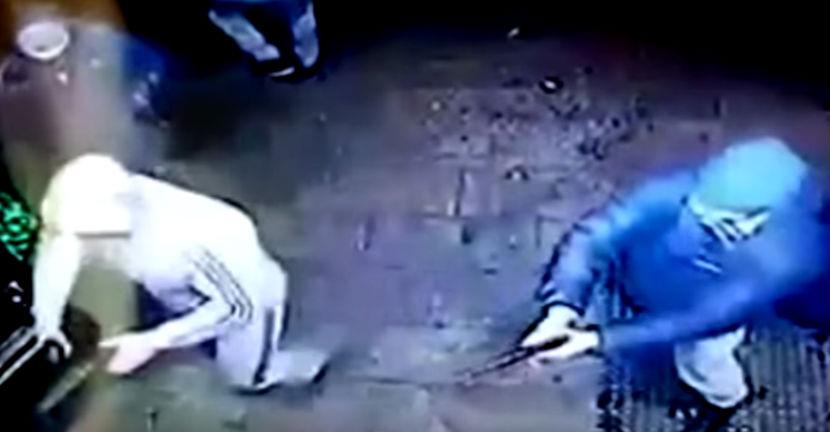 Пьяные посетители расстреляли охранников клуба за отказ подержать коктейль