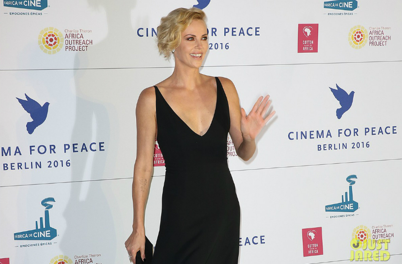 charlize-theron-stuns-at-cinema-for-peace-gala-berlin-2016-10