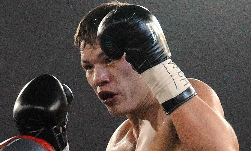 Боксер Чудинов проиграл Штурму в бою за пояс чемпиона WBA