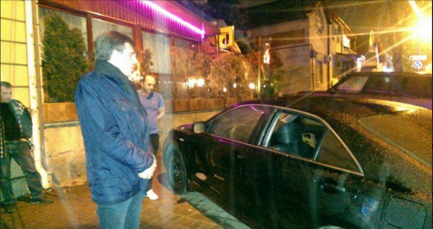 В центре Кишинева разбили автомобиль мэра-нарушителя и украли ценные документы