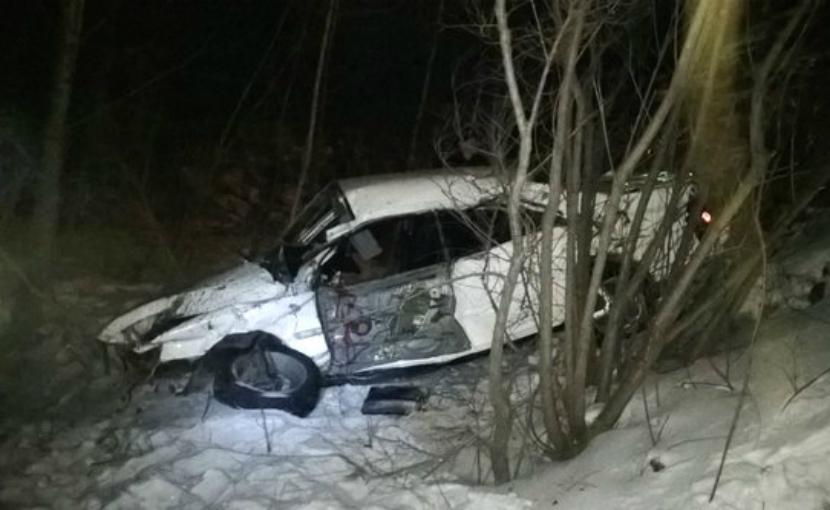 Поезд раздавил иномарку всмятку в Амурской области