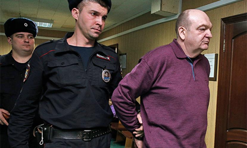 Экс-главе ФСИН официально выдвинули обвинения в крупном мошенничестве