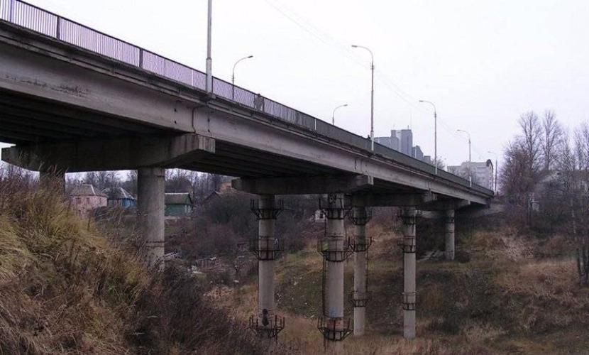 Тело 16-летнего сына бывшего районного главы нашли под мостом в Брянске