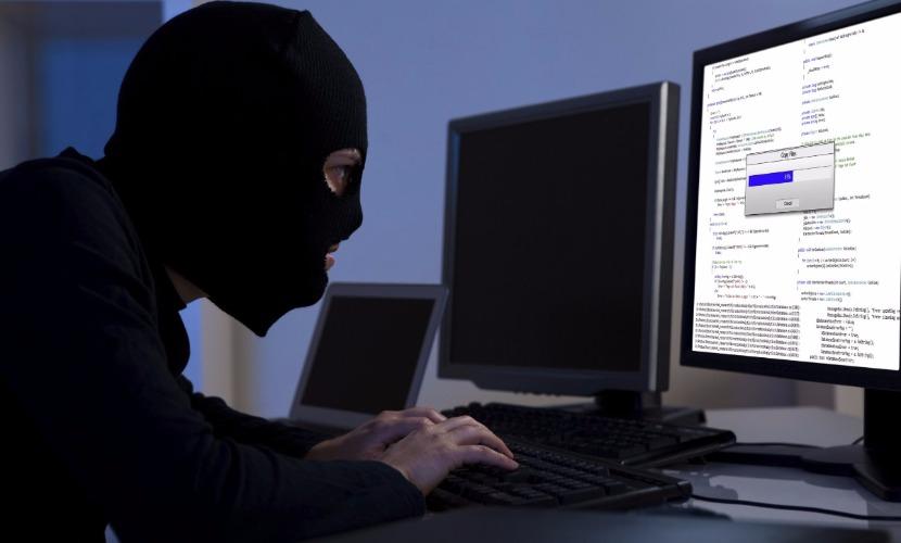 Российские хакеры год назад с помощью трояна изменили биржевой курс рубля на 15%