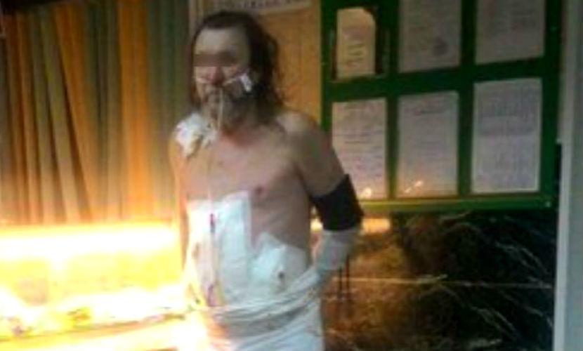 Мужчина сбежал из реанимации в магазин со спиртным в Хакасии