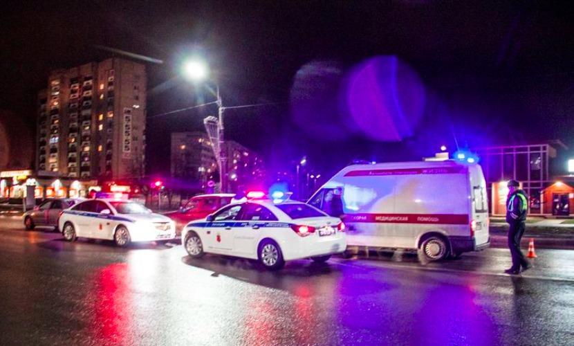 Опубликовано видео драки мужа пострадавшей в ДТП беременной и пьяного водителя-полицейского