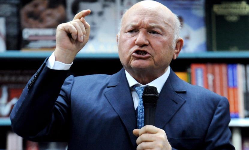 Бывший мэр Москвы Лужков заявил, что снос ларьков - это расправа над малым бизнесом