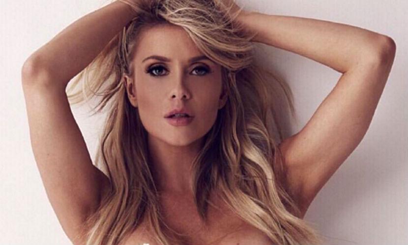 34-летняя модель Playboy и звезда Instagram сфотографировалась в бикини на пляже и умерла