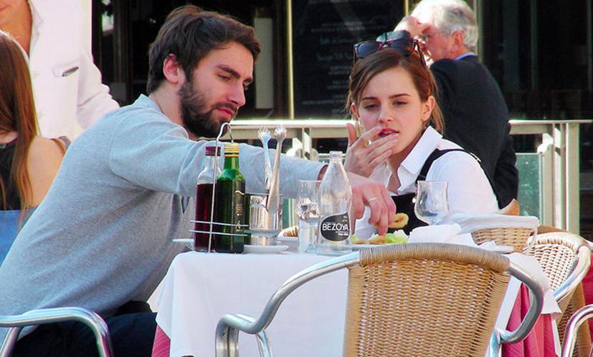 Эмма с бывшим парнем Мэттью Джении
