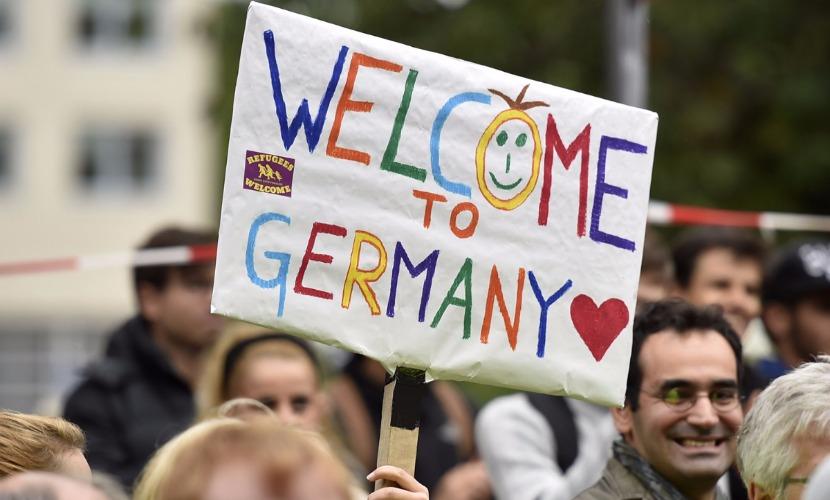 Мигранты пообещали всей Европе устроить секс-джихад в День святого Валентина