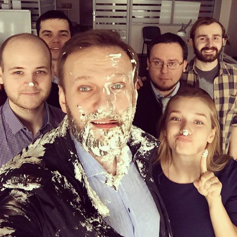 навальный и крем